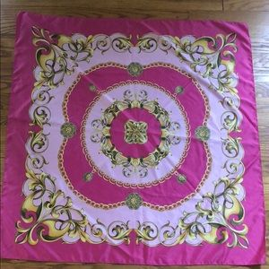 Accessories - Pink square scarf